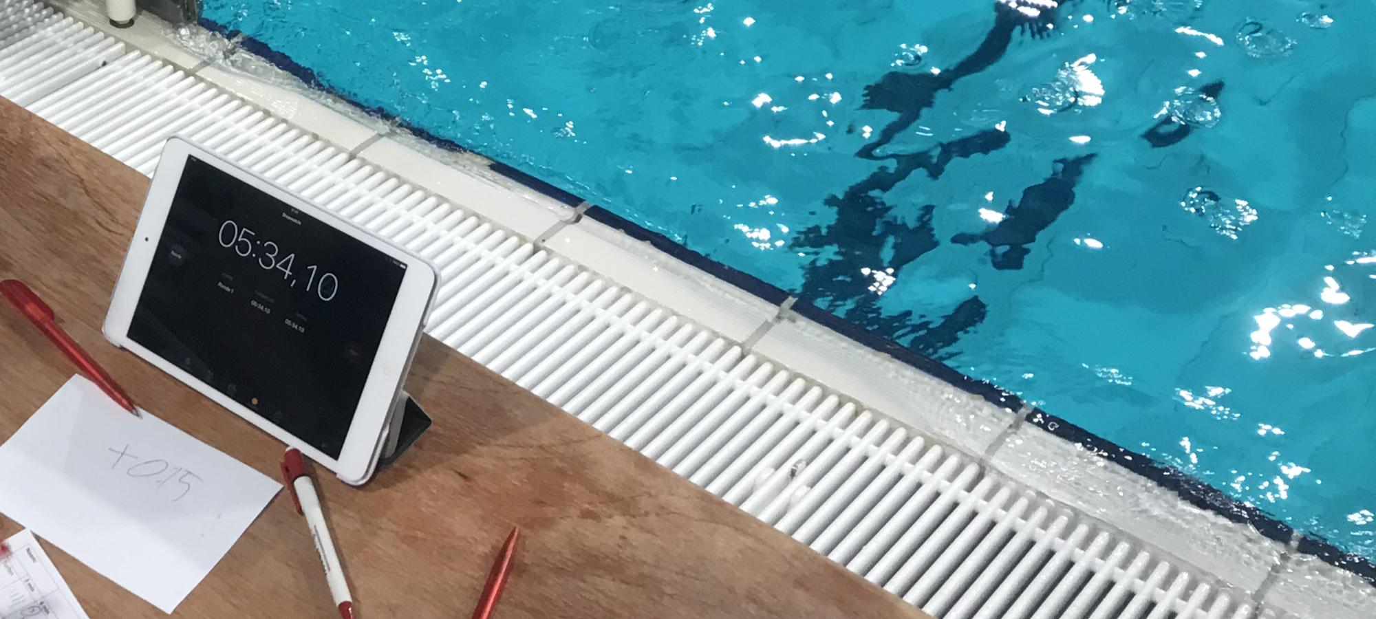 Ervaar eens een duik in het zwembad