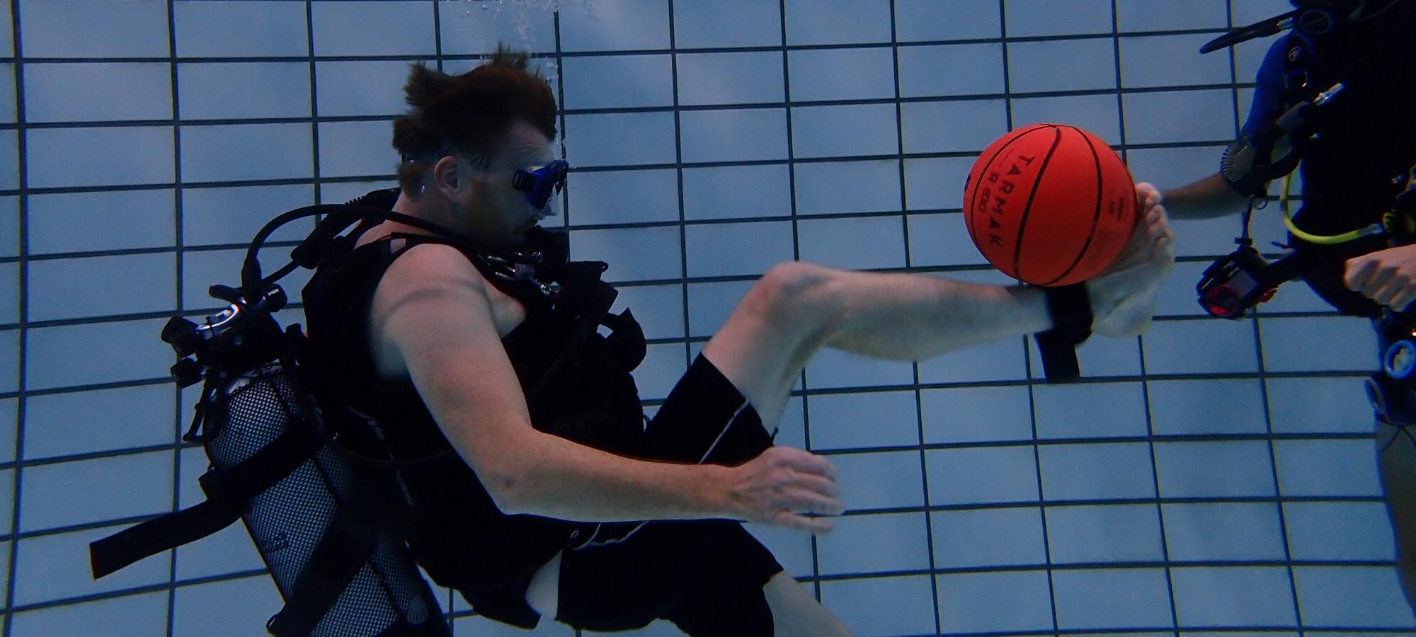 Onderwatervoetbal